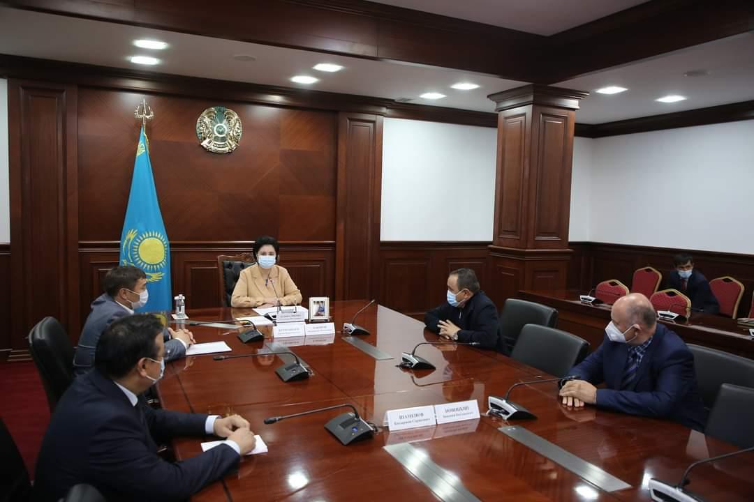 Өзбек делегациясы теңіз ұлтанына сексеуіл егуге мүдделік танытты