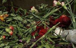 Алматыда Батырхан Шүкеновке арналған мемориалды бұрышты бұзып тастады