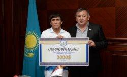 Облыс әкімі Азия чемпионы Дәулет Ниязбековты қабылдады