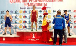 Қос балуан Нью-Делиде өтетін Азия чемпионатына жолдама алды