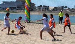 Жағажай футболынан балалар турнирі өтті