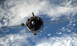 «Союз ТМА-18» кемесінің ХҒС-пен түйісуін тікелей эфирде көрсетеді