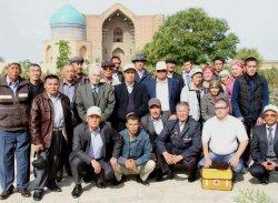 Сырдариялық қариялар Түркістан шаһарына саяхат жасап қайтты