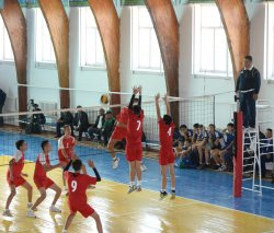 Тереңөзекте волейболдан XVIII халықаралық турнир басталды