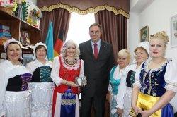Неміс делегациясы Достық үйінде