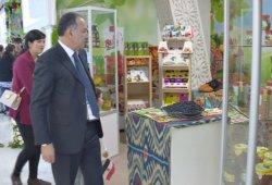 Өзбекстан тәттілерімен баурауда